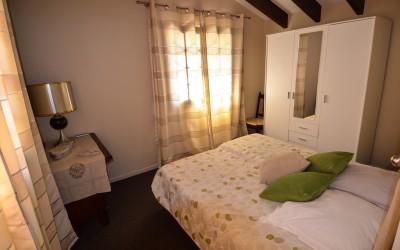 Slaapkamer boven beige